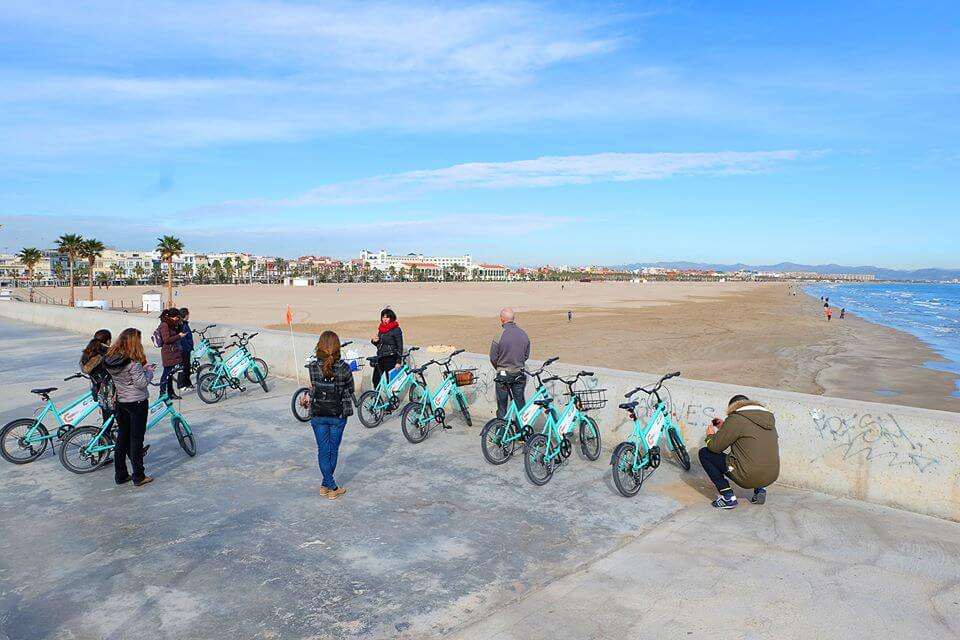 playa mar cabanyal malvarrosa bike tour maritima valencia