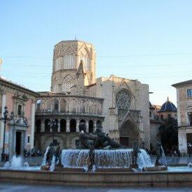 visita guiada centro histórico. plaza de la virgen
